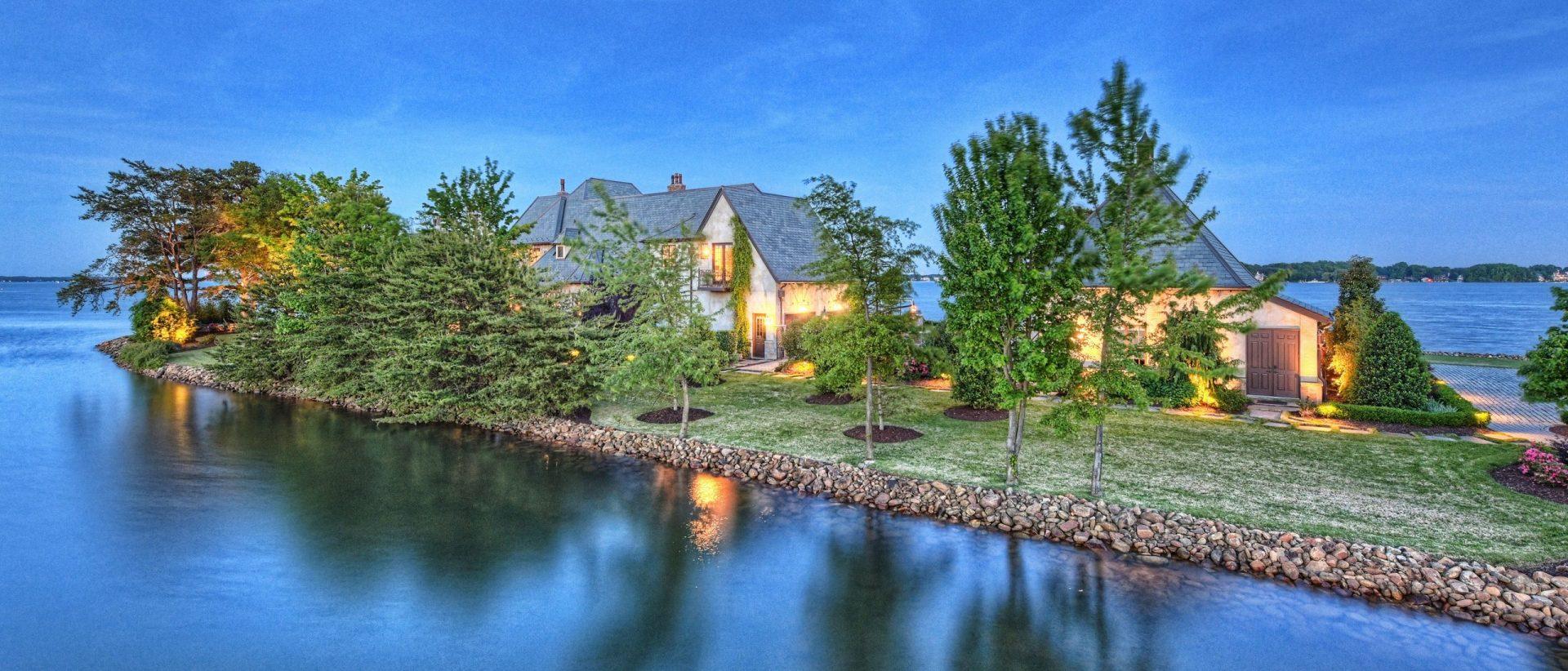 Ivester Jackson  | Christie's Real Estate