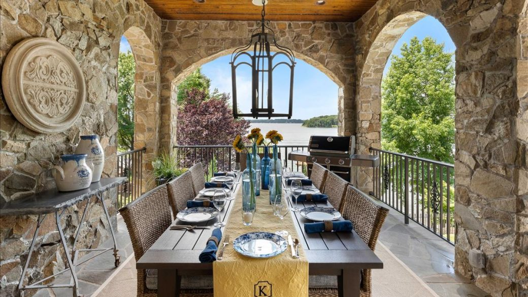 Falling in Love with Firepits & Outdoor Living