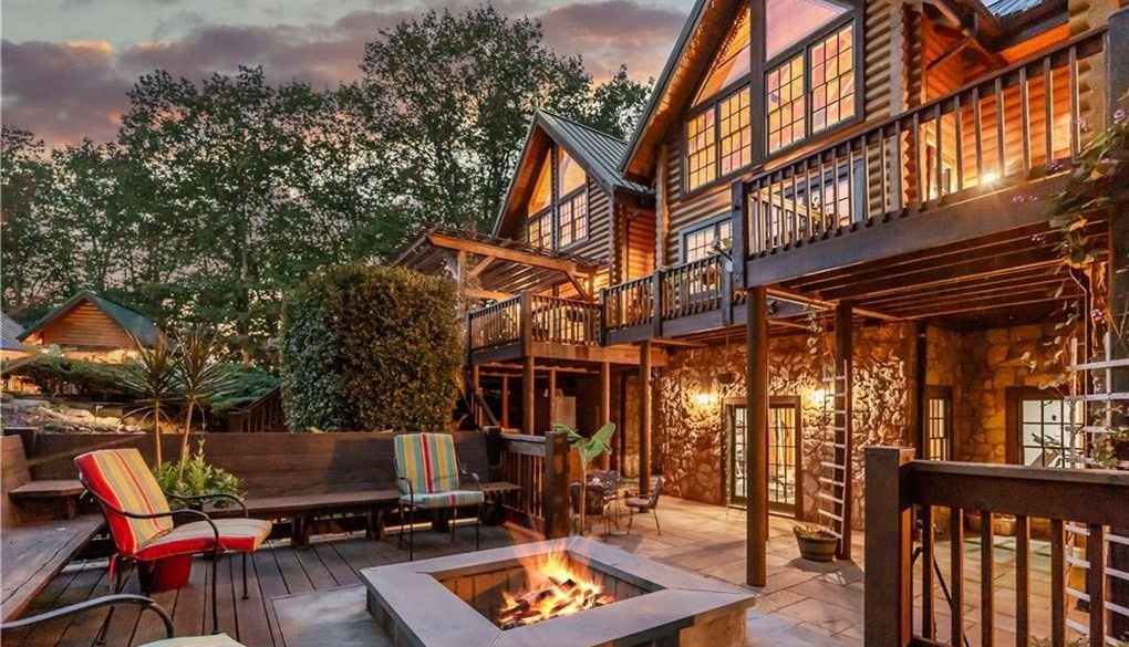 Fall Firepits & Outdoor Living in Charlotte